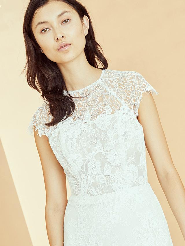 Amsale Nouvelle Bridal JEAN Close_b